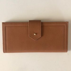Francesca's light brown pleather wallet